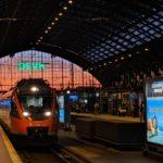 Fahrtkartenautomaten und Fernverkehrstickets